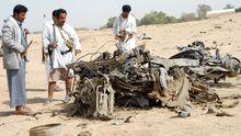 Überreste eines Autos, das von al-Qaida im Jemen zerstört wurde. (Archivbild)