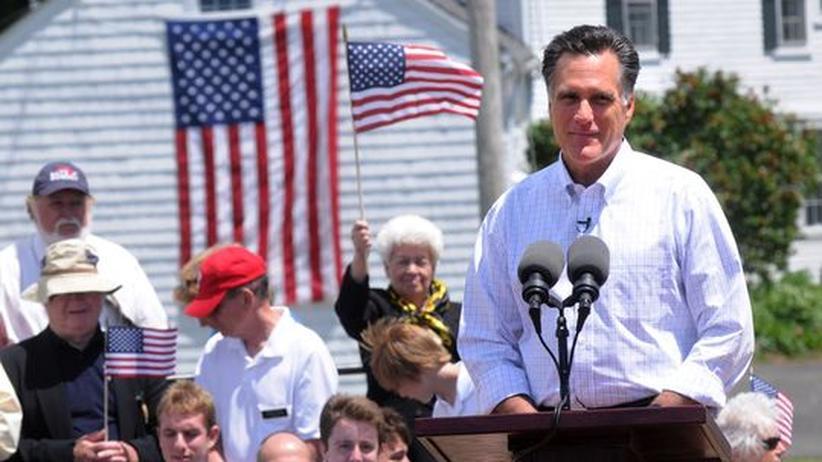 Der Konservative Mitt Romney bei einer Wahlkampfrede in Stratham, New Hampshire. Er will Präsidentschaftskandidat der Republikaner werden