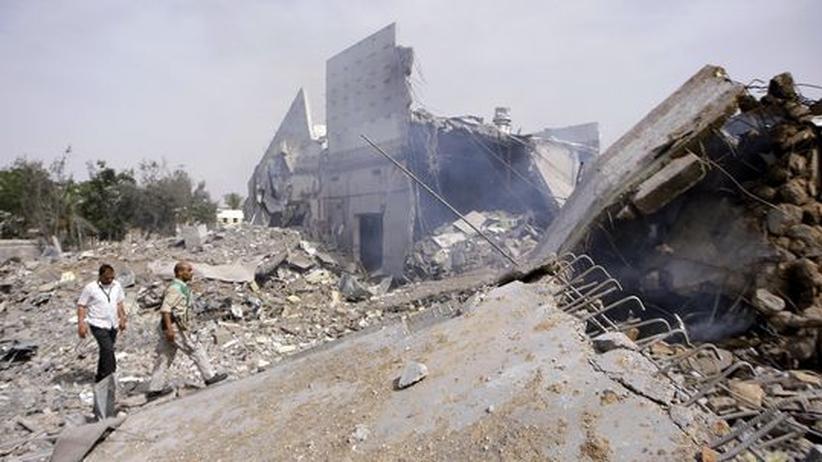 Militäreinsatz in Libyen: Ein zerstörtes Gebäude in Tripolis