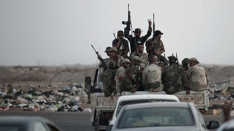 Nato-Einsatz: Kämpfe erreichen libyschen Öl-Hafen Brega