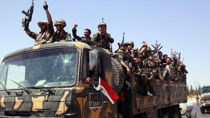 Assad-Regime: Syrische Truppen rücken in Latakia ein