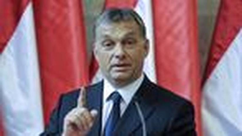 Ungarn: Orbán bringt staatliche Medien auf Kurs