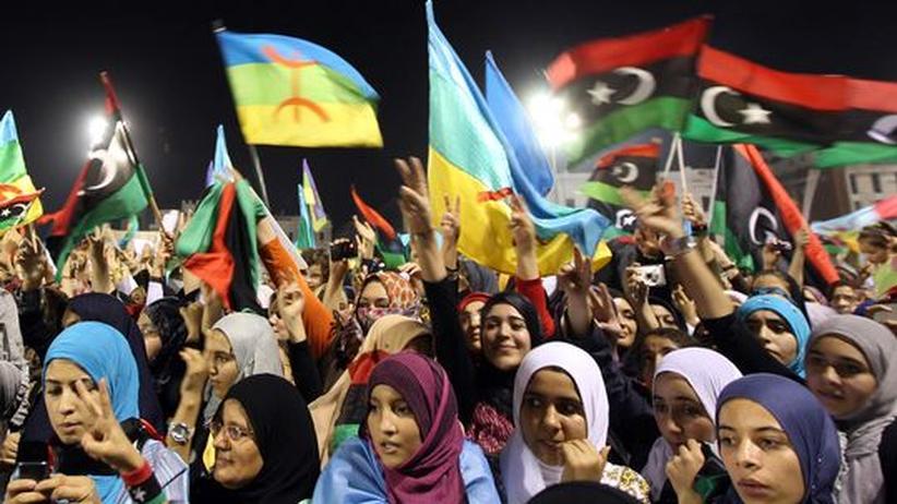 Umsturz in Libyen: Frauen feiern in Tripolis