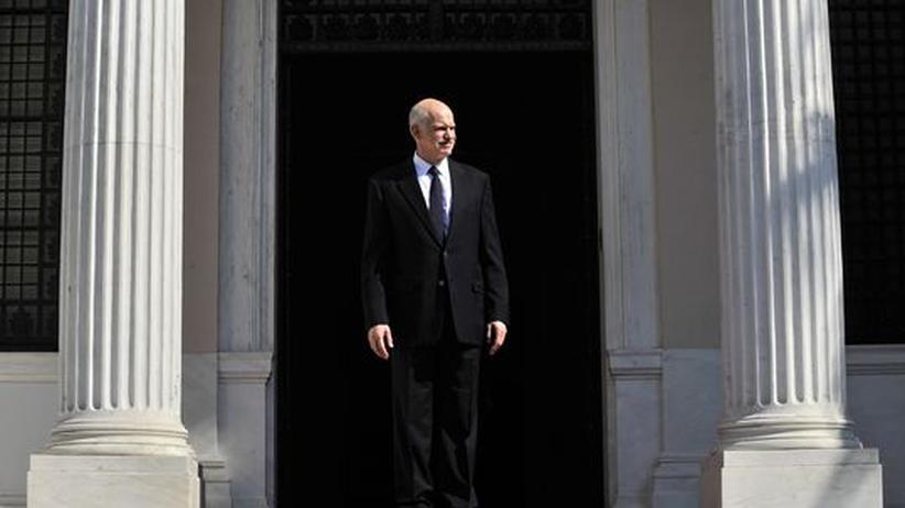 Staatskrise: Papandreou verzichtet auf Euro-Referendum