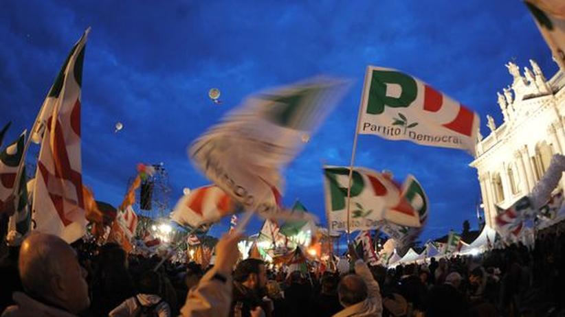 Italien: Zehntausende demonstrieren gegen Berlusconi