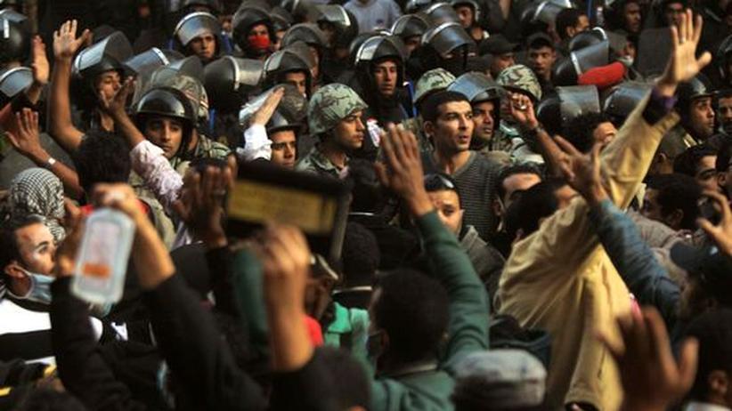 Ägypten: Demonstranten misstrauen Militärrat