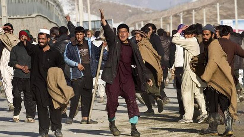 Nach Streit: Protest in Kabul gegen die Verbrennung von Koran-Exemplaren durch US-Soldaten