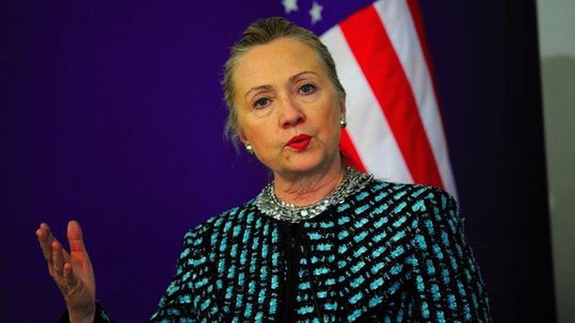 """Protest gegen Assad: Clinton nennt Syrien-Entscheidung eine """"Farce"""""""