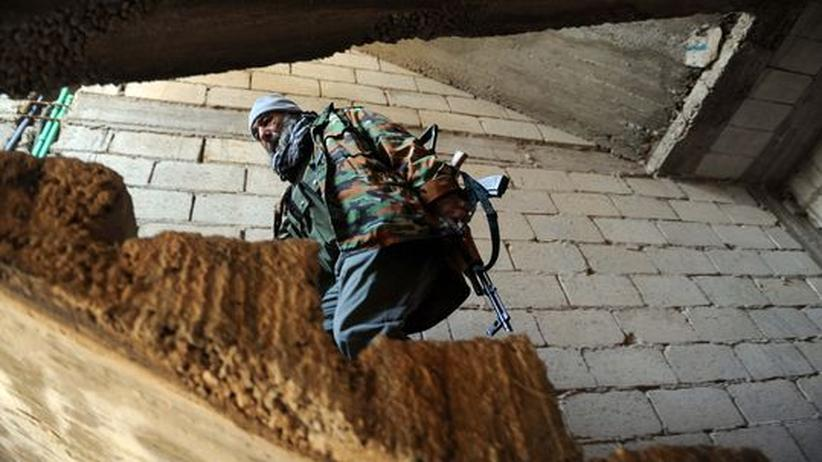 Gewalt in Syrien: 68 Zivilisten auf einem Feld bei Homs getötet