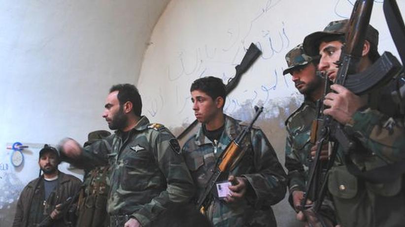 Homs: Assads Armee drängt Rebellen aus Baba Amro