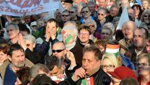 Eine Demonstration gegen die ungarische Regierung am 10. März 2012 in Budapest