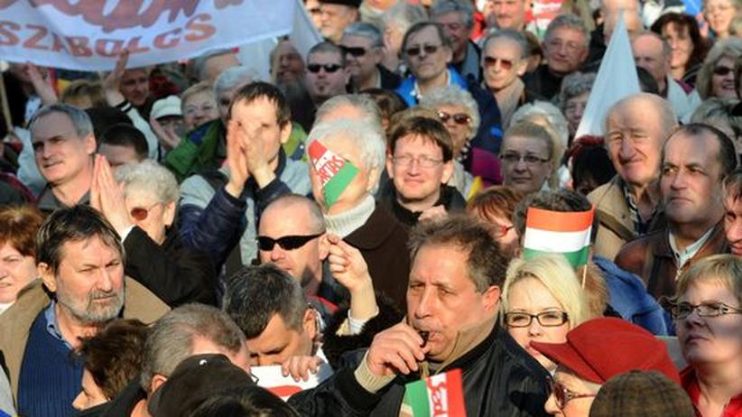 Ungarn: Eine Demonstration gegen die ungarische Regierung am 10. März 2012 in Budapest