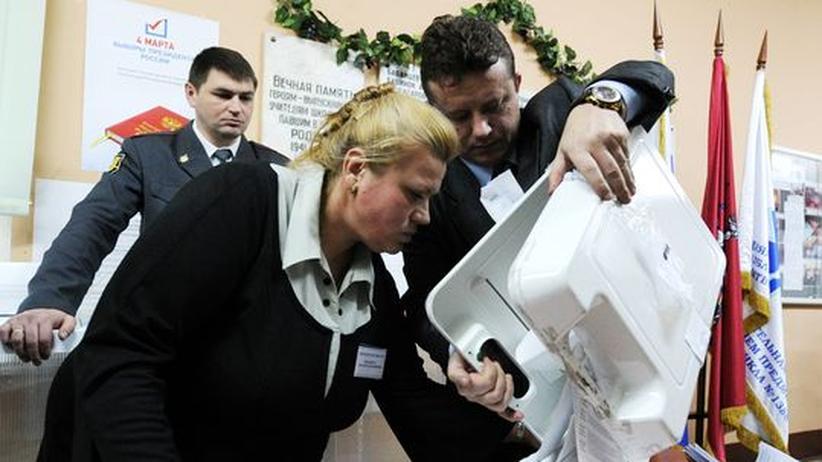 Russland: OSZE stellt Unregelmäßigkeiten in jedem dritten Wahllokal fest