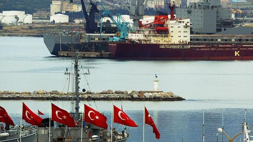 Syrien-Krieg: Türkei untersucht deutschen Frachter auf Waffen