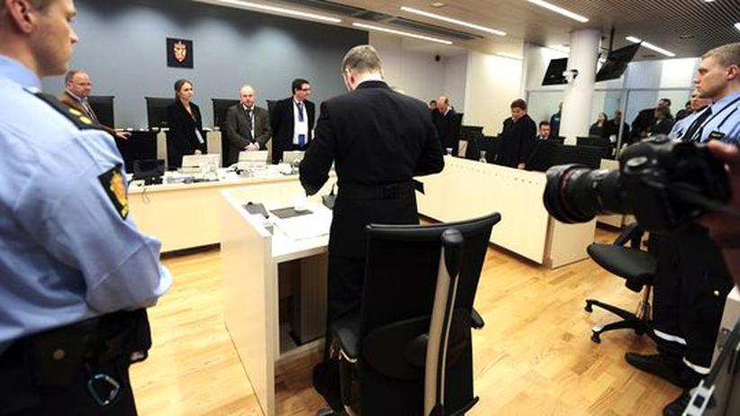 Medien: Breivik im Gerichtssaal
