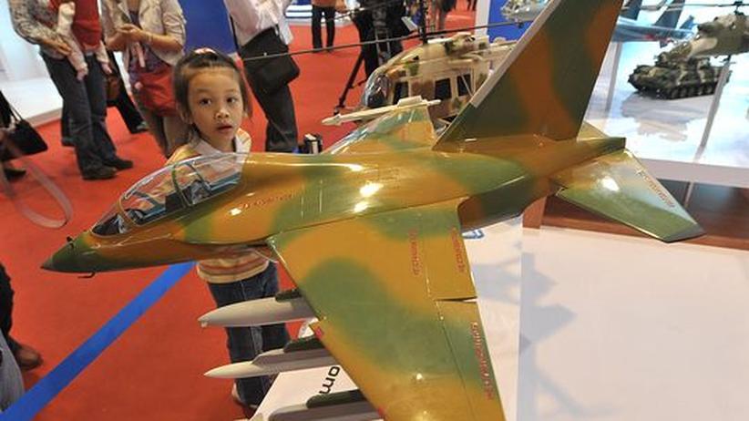 Militärausgaben: China und Russland rüsten deutlich auf