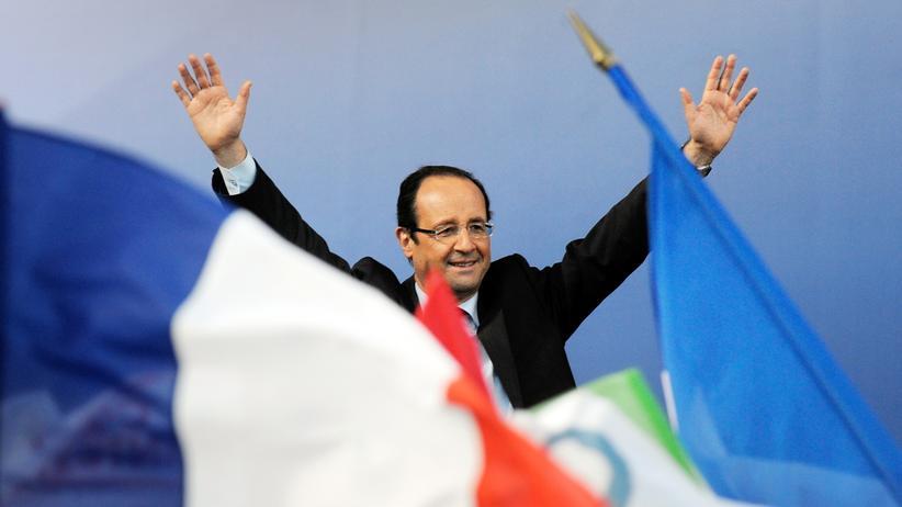 Abstimmung in Frankreich: Hollande gewinnt ersten Wahlgang