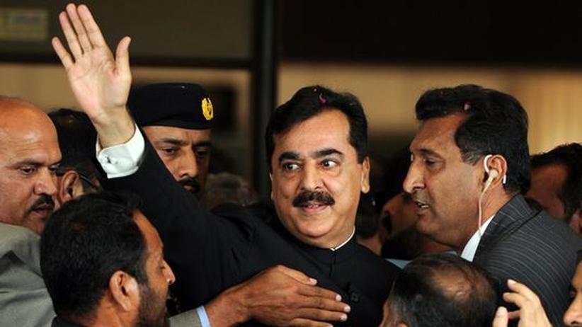 Pakistan: Gericht spricht Premier Gilani schuldig