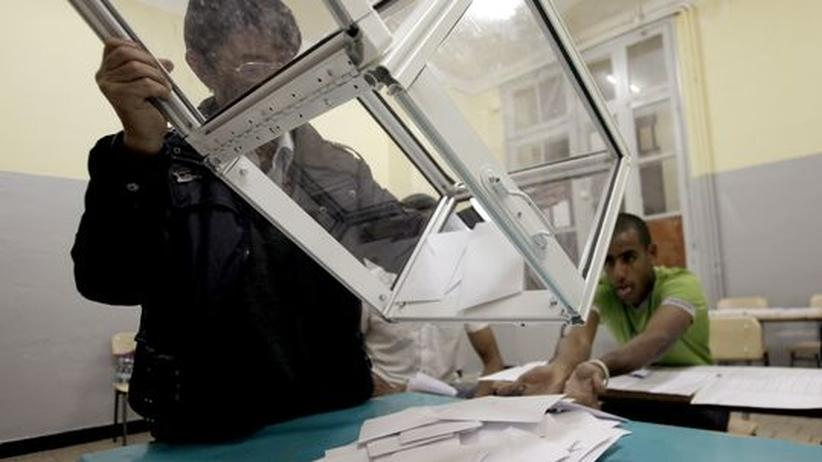 Algerien: Die Herrschaft der Clans geht weiter