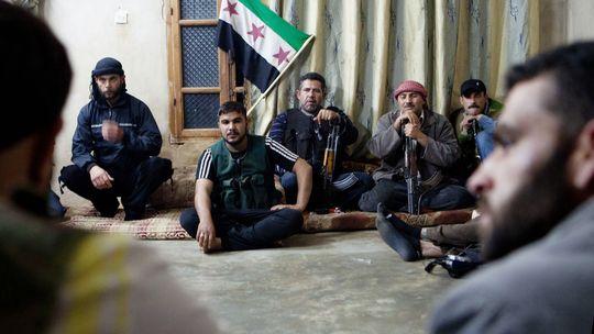 Kämpfer der Freien Syrischen Armee in Talada im Nordwesten des Landes
