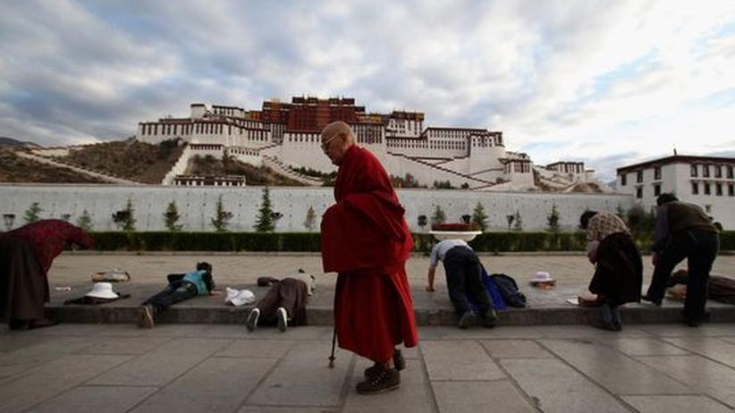 China: Zwei tibetische Mönche verbrennen sich selbst