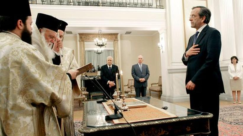 Antonis Samaras: Antonis Samaras bei seiner Vereidigung zum griechischen Ministerpräsidenten in Athen