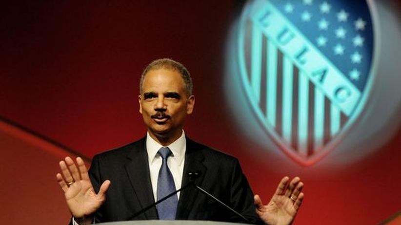US-Kongress: US-Repräsentantenhaus spricht Justizminister Holder Misstrauen aus