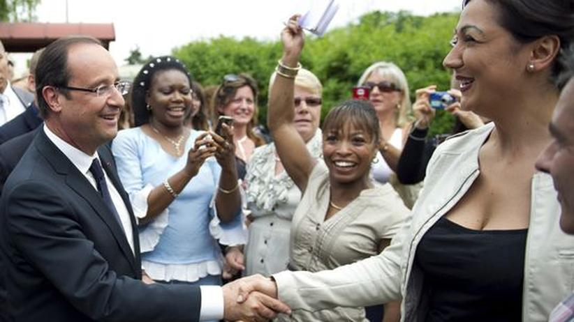 Parlamentswahl in Frankreich: Umfrage sagt Linken absolute Mehrheit voraus