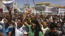 Demonstranten in Idlib