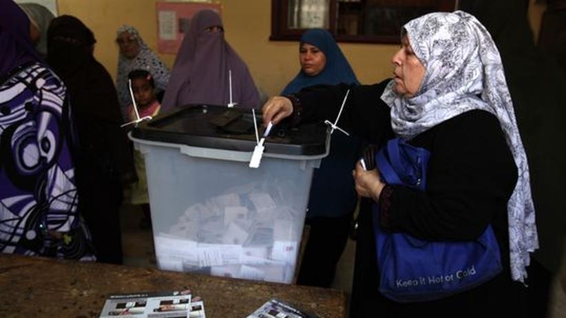 Ein Wahllokal in Kairo