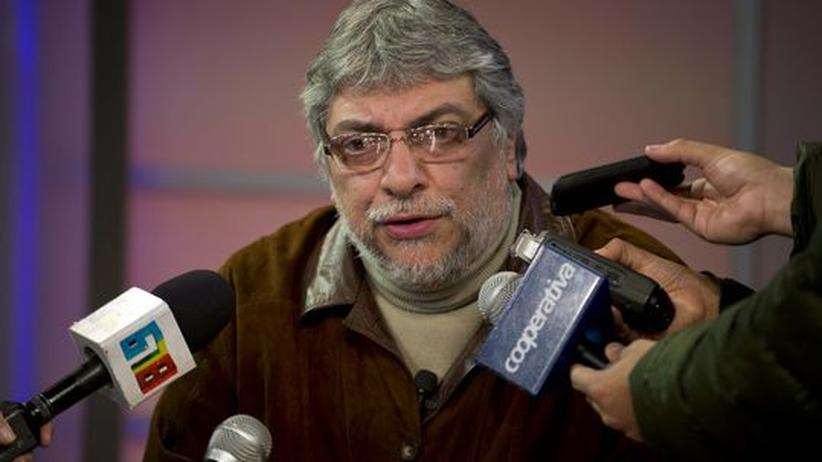 Amtsenthebung: Ex-Präsident Lugo duldet Machtwechsel in Paraguay