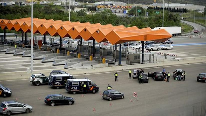 Schengen-Abkommen: EU-Parlament will gegen Grenzkontrollen klagen