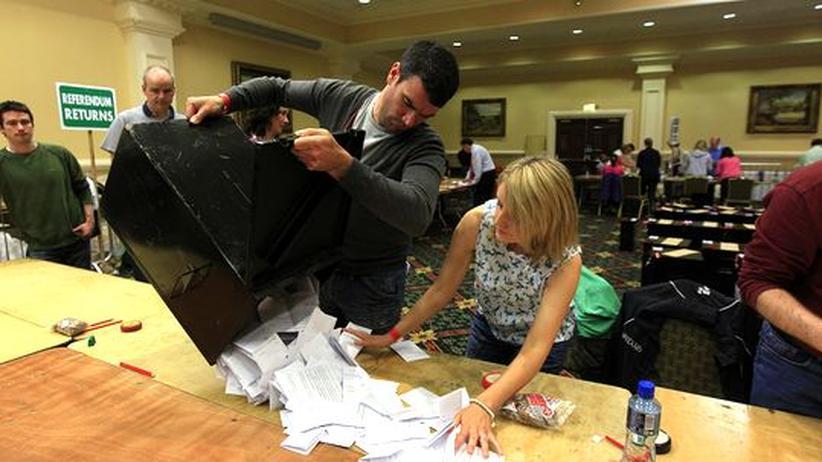 Volksabstimmung: Iren stimmen für EU-Fiskalpakt