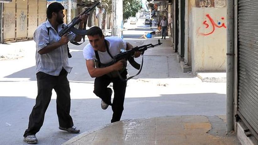 Syrien: Rebellen in Aleppo halten Regierungstruppen stand