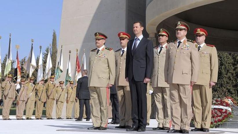 Damaskus: Syriens Verteidigungsminister und Assads Schwager fallen Anschlag zum Opfer