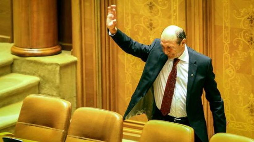 Bukarest: Richter erklären Băsescus Absetzung für rechtens