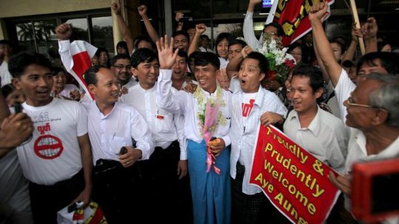 Unruhen: Regierung in Birma lässt festgenommene Studentenführer wieder frei
