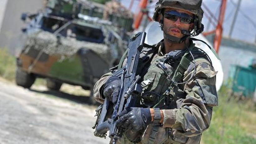 Afghanistan: Nato-Soldaten müssen geladene Waffen tragen