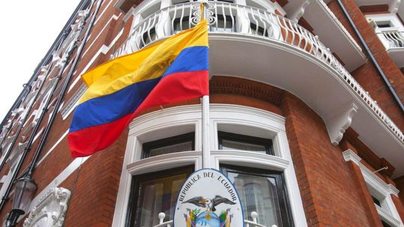 WikiLeaks-Gründer: Eine Botschaft stürmen – dürfen die Briten das?