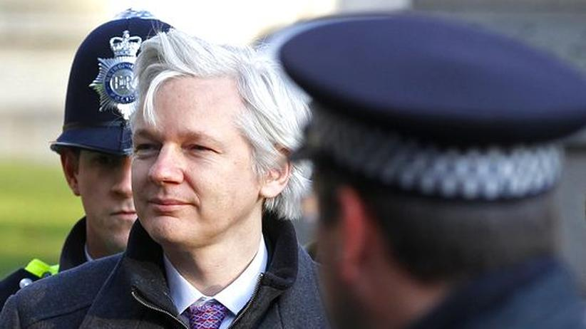WikiLeaks: Julian Assange