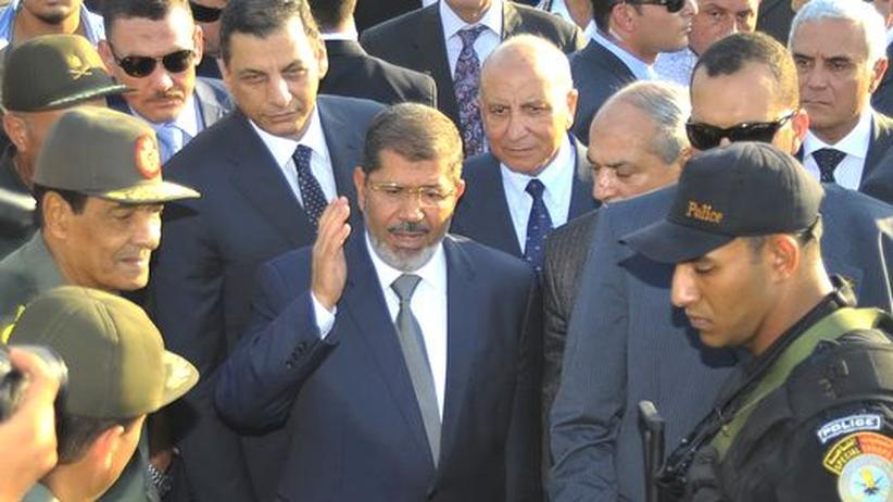 Ägypten: Präsident Mursi räumt bei Militär und Geheimdienst auf