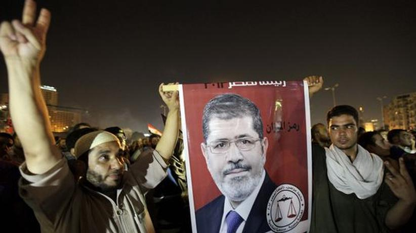 Muslimbrüder: Mursis gewagter Coup gegen Ägyptens Militär