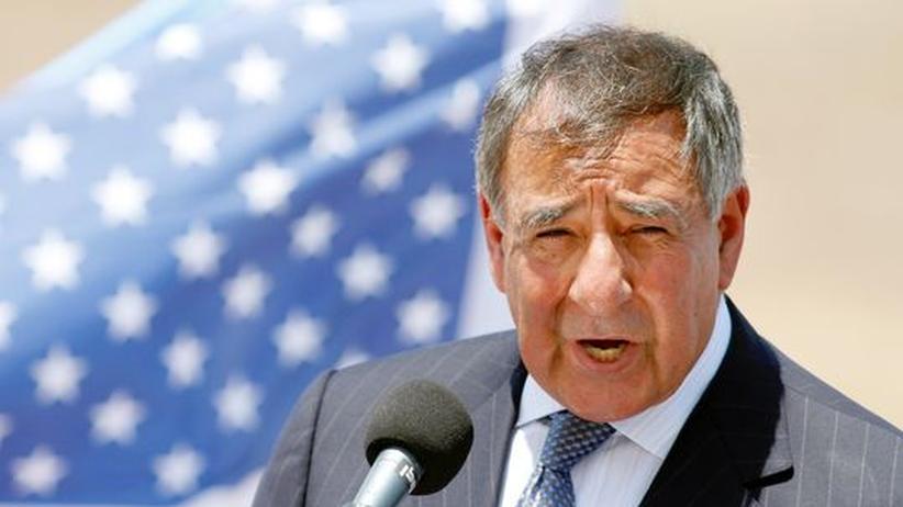 """Panetta in Israel: Iran soll sich """"auf Militärschlag gefasst machen"""""""