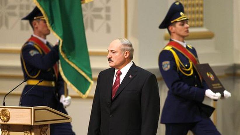 Weißrussland: Diktator Lukaschenko verhöhnt die Opposition