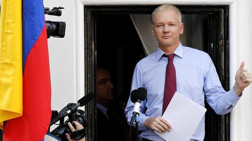 WikiLeaks-Gründer: Ecuador bietet Assange-Befragung in Schweden an