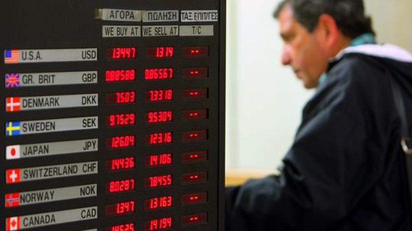Staatsverschuldung: Griechenland sperrt Konten möglicher Steuersünder