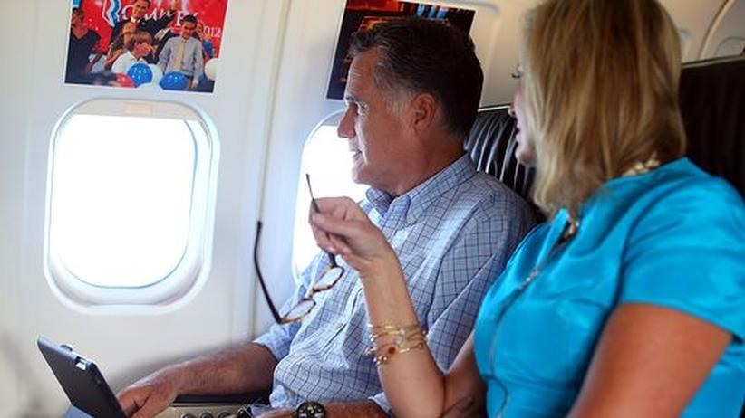 Notlandung: Mitt Romney will Frischluft durchs Flugzeugfenster