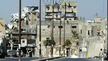 Zerstörte Häuser im nördlichen Teil der syrischen Stadt Aleppo