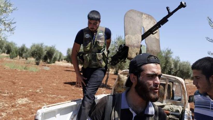 Bürgerkrieg: Syriens Rebellen greifen Militärflughäfen an