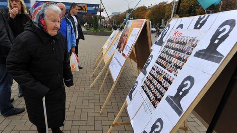 """Wahl in Weißrussland: Lukaschenko beschimpft Wahlgegner als """"Feiglinge"""""""
